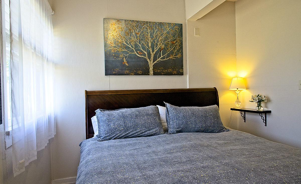 room 105 bed