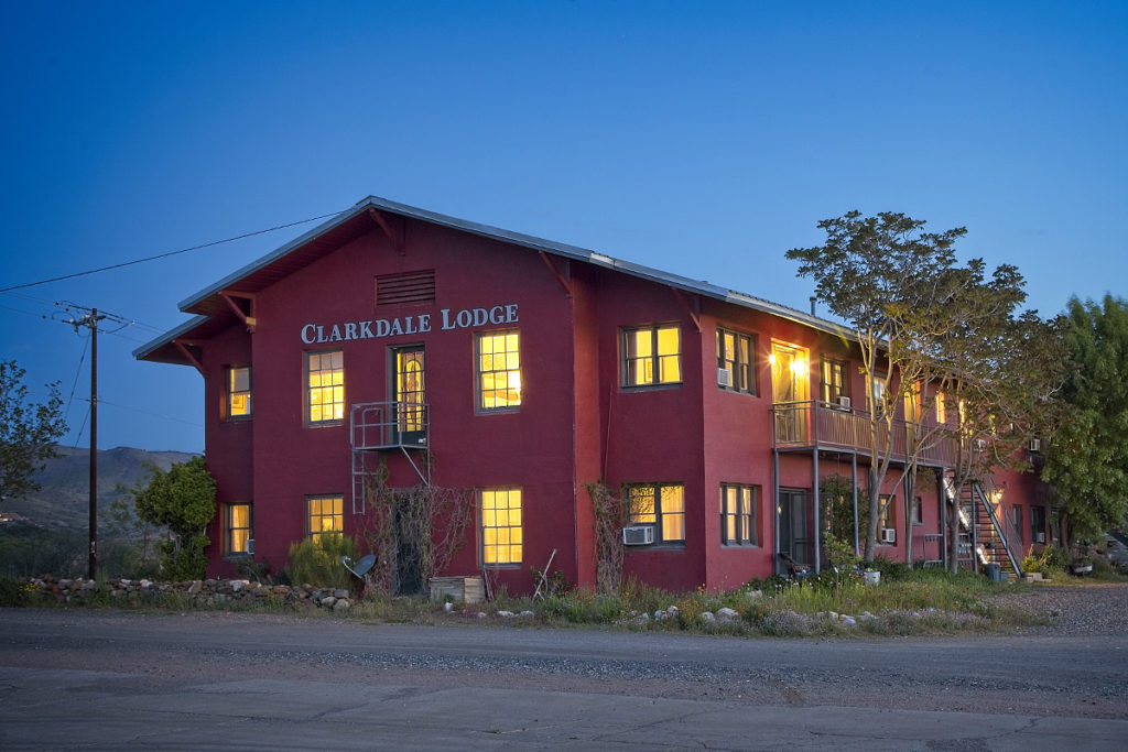 exterior photo of the clarkdale lodge